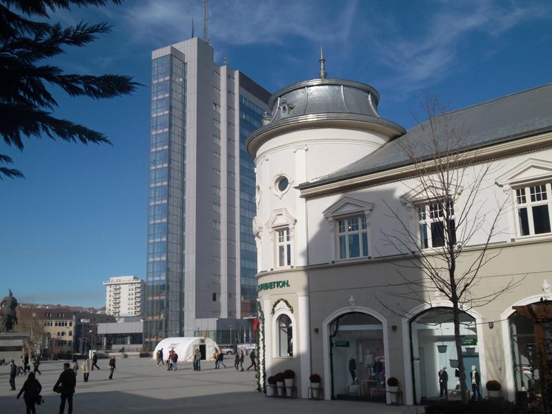 vizite ne Prishtine Kosove